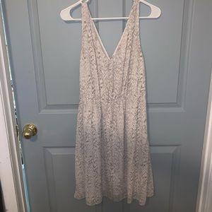 H&M Dresses - H&M V-Neck Dress